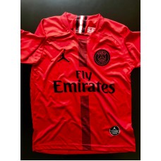 PARIS SAINT GERMAIN KIRMIZI
